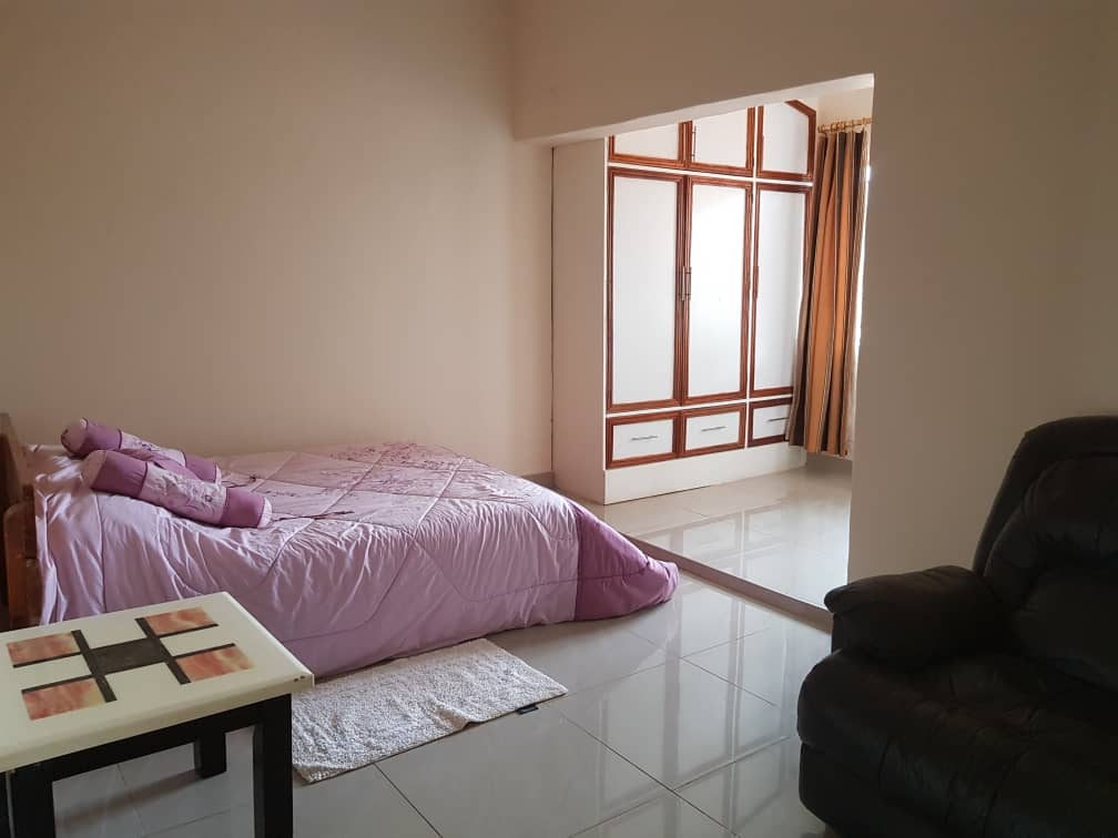 Rayoni City Guesthouse